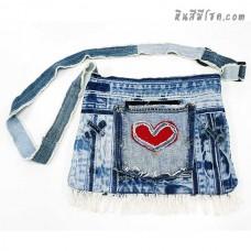 กระเป๋ายีนส์ สะพายข้าง 10 x 13 นิ้ว ปักรูปหัวใจ 2