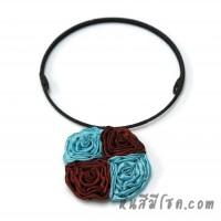 โชคเกอร์ดอกไม้ผ้าไหม 4 ดอก (สีฟ้า-แดงเข้ม)