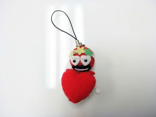 พวงกุญแจรูปหัวใจการ์ตูน สีแดง
