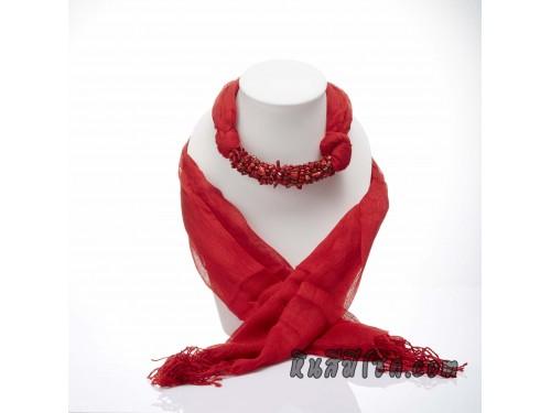 ผ้าพันคอสีแดงประดับปะการังสีแดง