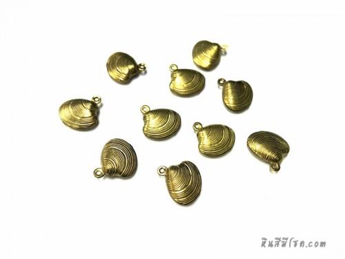 จี้รูปหอยแครง สีทอง